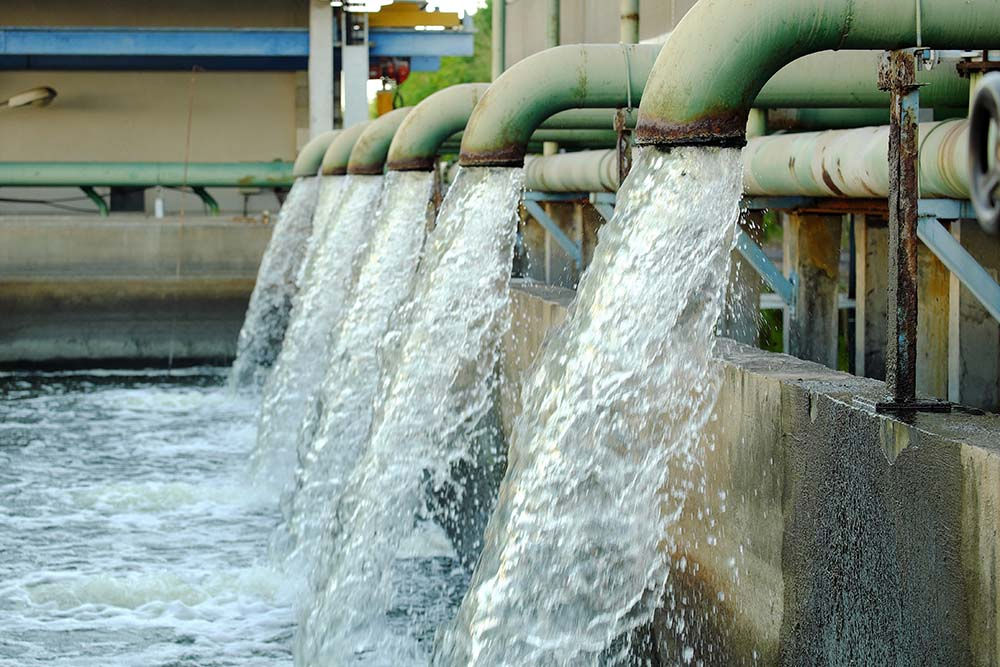 Industrial waste water filtration